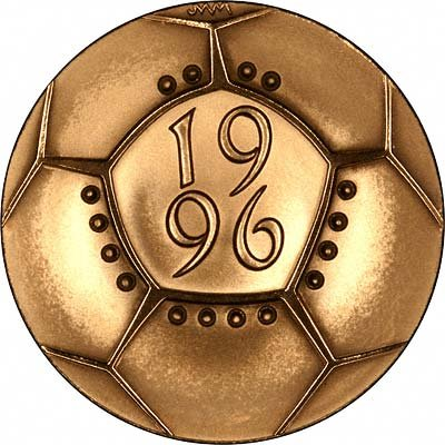 Obverse of 1997 First Bimetallic £2 Proof